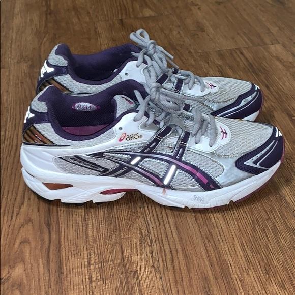 Womens Asics Gt20 Running Shoes Sz 10